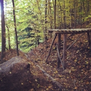 New feature on the Uetliberg trail! Never did such a drop before #pumpingadrenaline